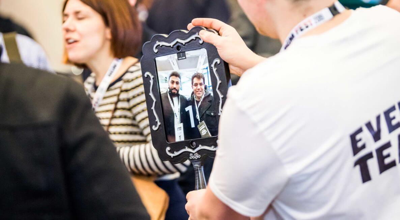 iPad Magic Mirror
